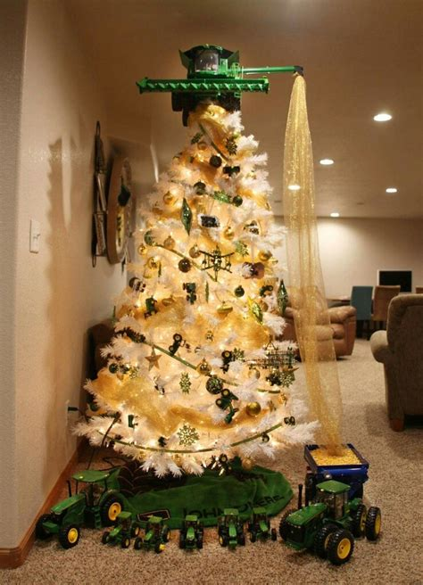 cool tree somebody loves john deere christmas pinterest
