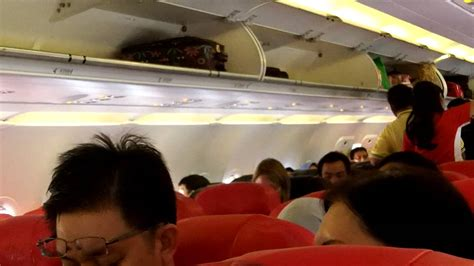 airasia hot seat hot seat express boarding airasia 14 okt 2012 youtube