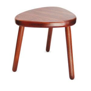how to make a three legged wooden stool
