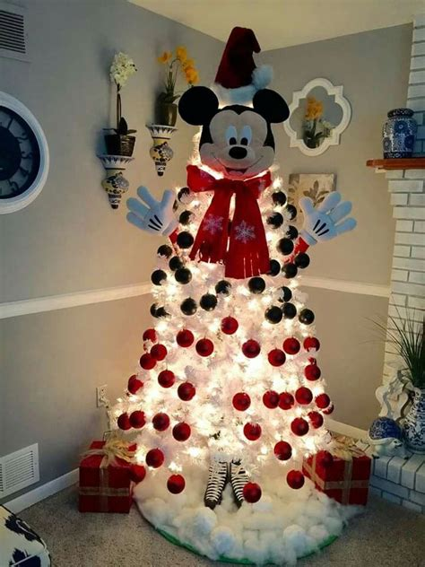 25 best ideas about mickey mouse christmas on pinterest