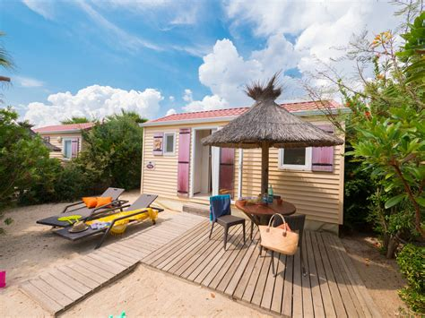 Cottage 2/3 personen 1 Kamer 1 badkamer met airconditioning 3 bloemen   Vias Plage   Wijk Pirates