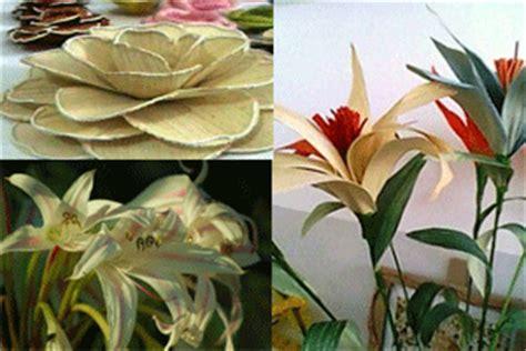 cara membuat bunga dr kertas jagung cara membuat bunga dari kulit jagung ibu pintar