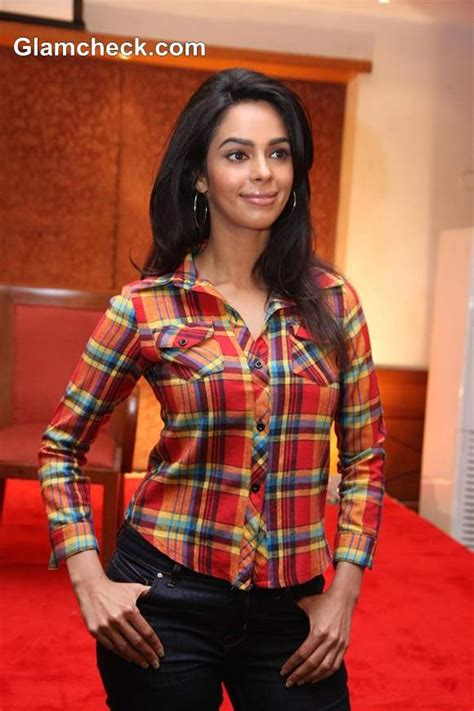 film hot politics mallika sherawat attends a press conference for film