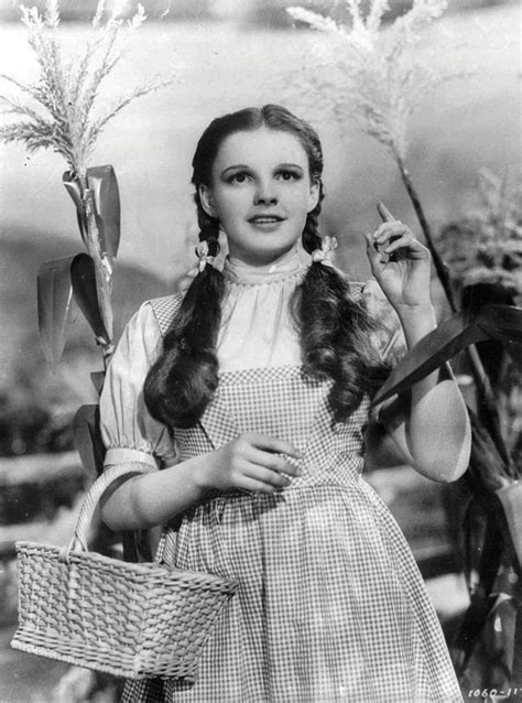 judy garland as dorothy wizard of oz a trip down memory lane my five favorite movies of the 1930s