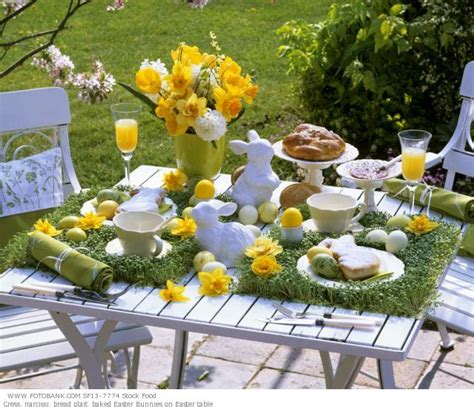 my moon miss my s easter table decorating ideas