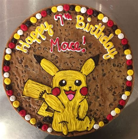 Pikachu 17 Tx Tshirtkaosraglananak Oceanseven 17 best images about cookie cakes on tech dallas cowboys and houston astros