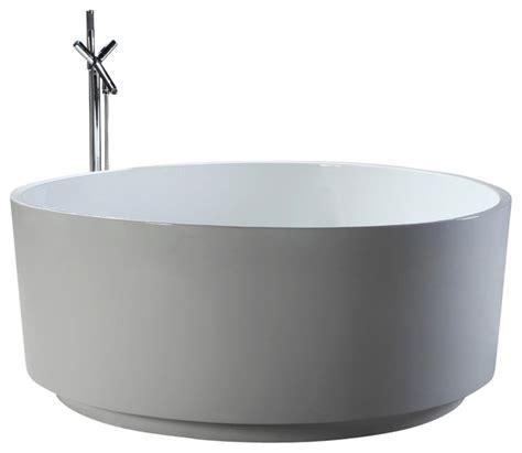 54 acrylic bathtub helixbath corinth freestanding modern round acrylic bathtub 54 quot white modern
