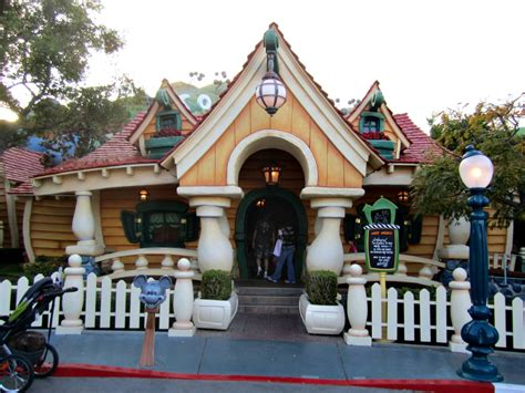 toontown house image gallery mickeyshouse