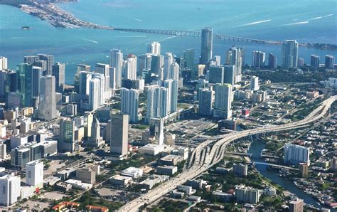 imagenes miami florida file miami from above jpg wikimedia commons