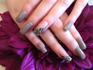 Displaying 17 gt images for stiletto nails with cheetah print