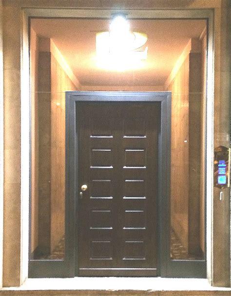 portone ingresso condominio portoni e ingressi condominiali automatici acciao