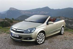 Opel Astra Convertible Opel To Launch New Astra Based Convertible Model In 2013