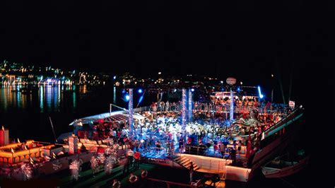 nightlife catamaran club bodrum bodrum jetsetreport - Catamaran Ship Bodrum