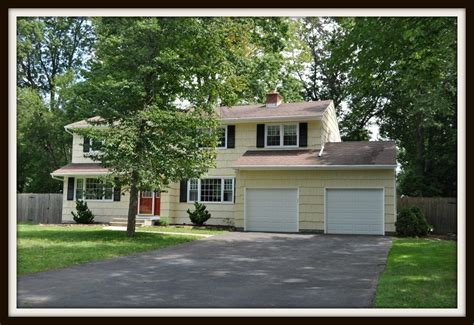 Homes For Sale In Green Brook Nj by 9 Heritage Dr Green Brook Nj 08812 Lovely Green Brook