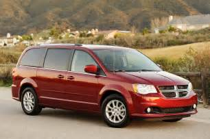review 2011 dodge grand caravan photo gallery autoblog