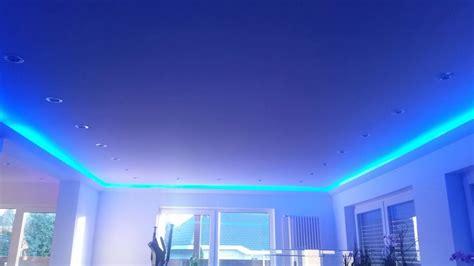 schiebetür glas abschließbar bank in de woonkamer wit