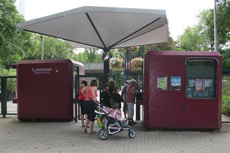 luisenpark mannheim eingang bild quot eingang quot zu luisenpark mit fernmeldeturm in mannheim