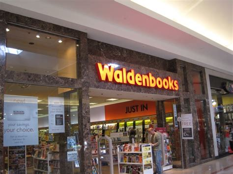 waldenbooks bookstore locations borders closing all stores assets liquidated by september