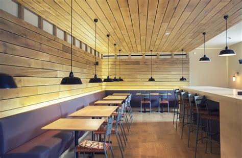 bar minimalista  paredes de madera fotos   te
