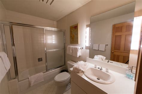 bathtub northwood vail realty northwoods willow bldg 203 3 bed 3 bath