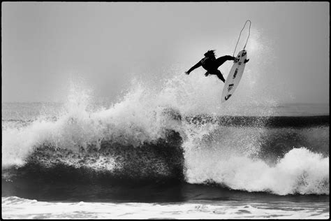 surf wallpaper black and white huntington beach us surfing open flying surfer at the us