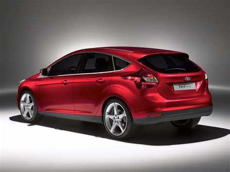 Ford Focus by 2013 Ford Focus Price Photos Reviews Features