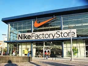 Nike Store Nike Stores Decreasing Kanako S