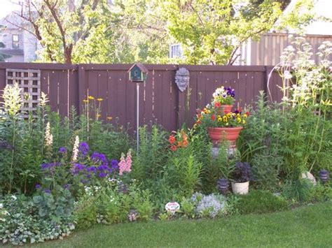 301 Moved Permanently Flower Garden Fence