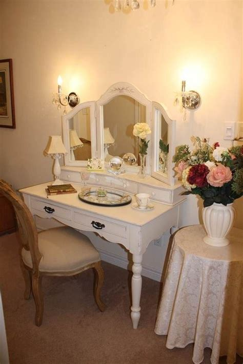 Best Lighting For Bedroom Vanity by Simple White Small Wooden Antique Vanity Table Design With