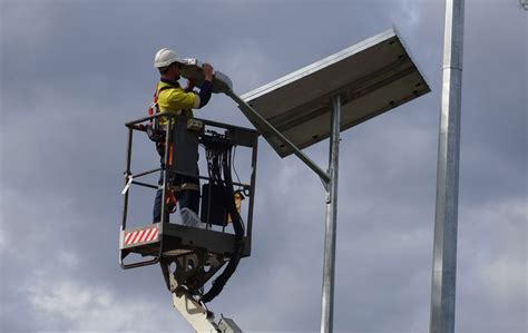 apex advanced automotive lighting system apex car park solar car park lighting wagga 187 green