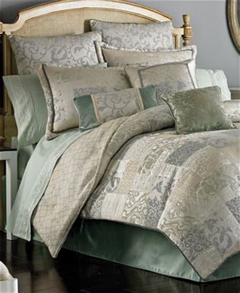 croscill discontinued comforter sets closeout croscill splendid comforter sets bedding