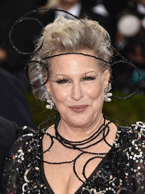 bette midler bette midler and zoe kravitz at the 2016 met gala in
