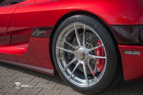 koenigsegg wheels koenigsegg agera r hypercar sits down on custom luxury