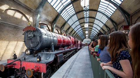 frommer s easyguide to disney world universal and orlando 2018 easyguides books universal studios tickets how much does family trip cost