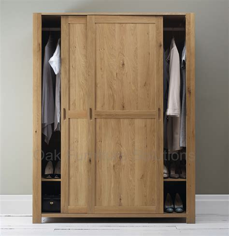 Kendal Oak Sliding Door Wardrobe   Oak Furniture Solutions