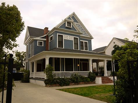 how to get a house scene it before the how to get away with murder house los angeles magazine