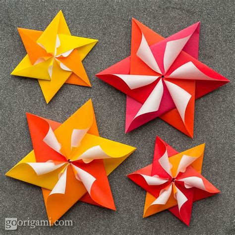 Modular Paper Folding - 25 best ideas about modular origami on