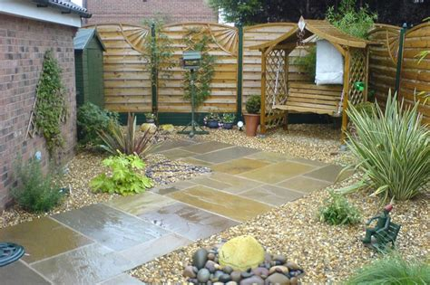 maintenance free backyard low maintenance garden google search garden ideas