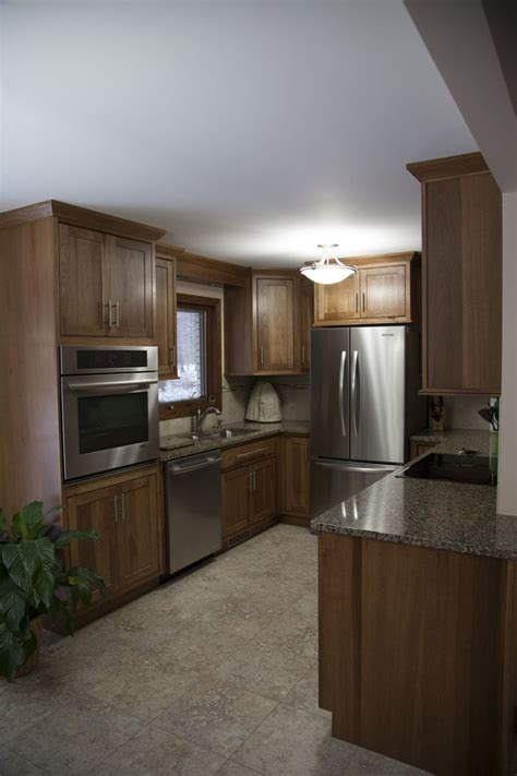 Showplace Hickory Wood Cabinetry, Inset Pendleton Door