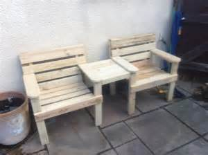 How To Make Patio Furniture Out Of Wood Pallets Wood Pallet Outdoor Bench Double Chair