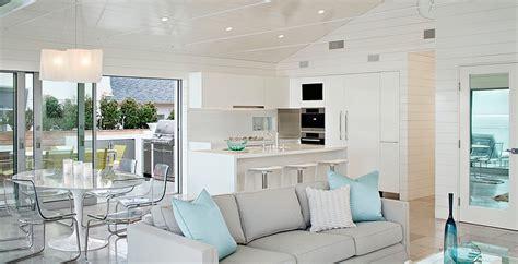 Seaside Home Interiors Sala De Estar Em Tons Neutros E Sobrios Casa De Praia Em