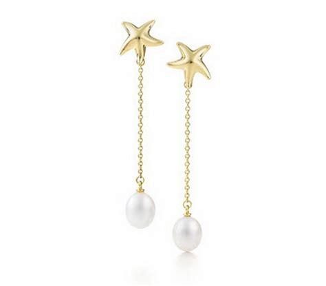 co gold earrings for