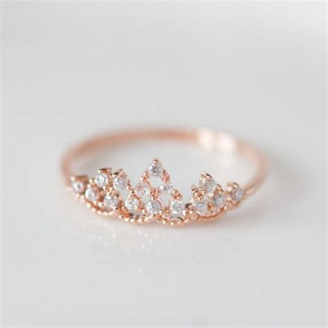 delicate tiara ring in gold