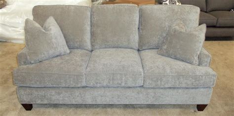 chatham sofa barnett furniture king hickory chatham sofa