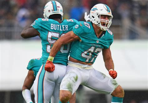 miami dolphins news rumors sun sentinel dolphins league best third down defense has been key to