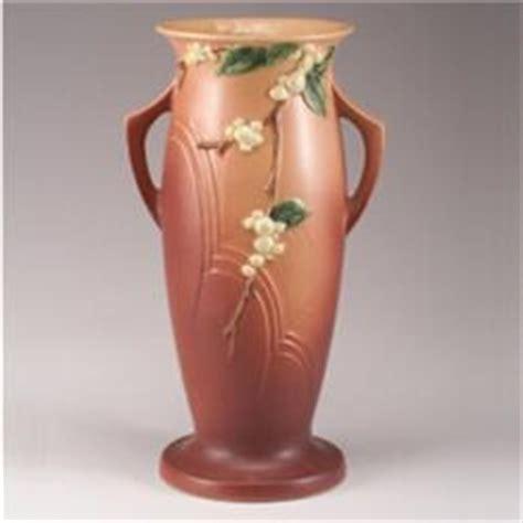 Pink Floor Vase by Roseville Pink Snowberry Floor Vase Iv 18 Quot Glazed