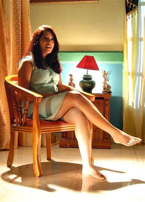 sri lankan actress feet wikifeet bollywood actresses photos pictures jokes temples of