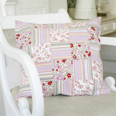 Free Patchwork Cushion Patterns - upcycle clothes by sewing a patchwork cushion