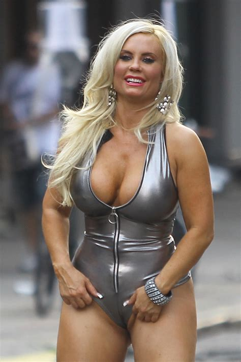 nicole coco austin nicole coco austin on set of a photoshoot in new york 07