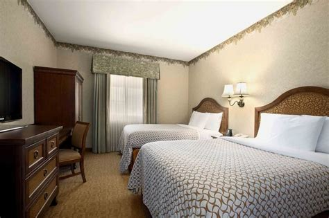 temecula hotel rooms embassy suites by temecula valley wine country in temecula hotel rates reviews on orbitz